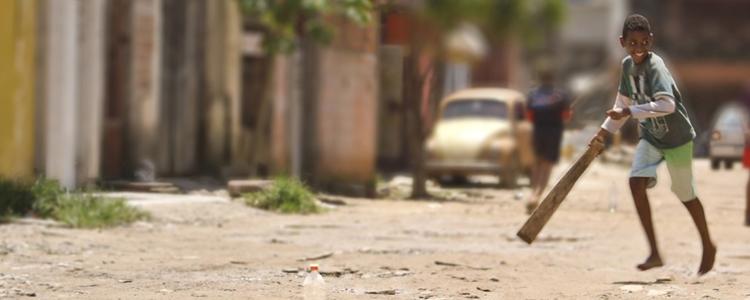 """Documentário """"Território de Brincar"""" tem montagem da associada Marília Moraes."""